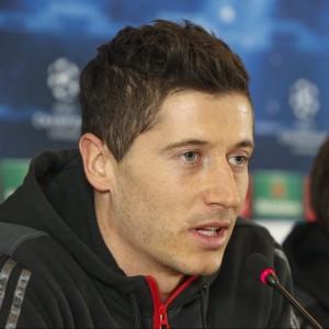Bayern Munich's Lewandowski and Gotze take part in a news conference in Lviv